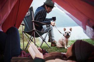 愛犬と一緒にアウトドアを楽しもう!必ず抑えておきたい注意点とおすすめグッズ